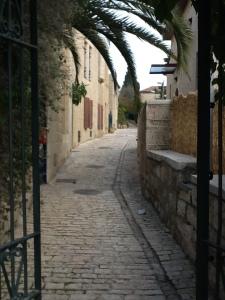 near Yemin Moshe